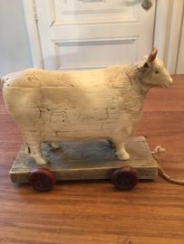 Koe op wieltjes