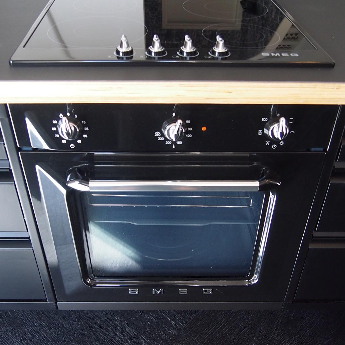 the big easy keuken smeg oven inductie