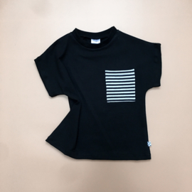 T-shirt Zwart Striped pocket