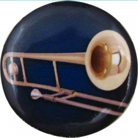 Button met trombone