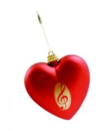 Kerstversiering met rood hart en vioolsleutel
