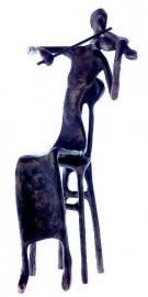 Bronzen beeldje violiste