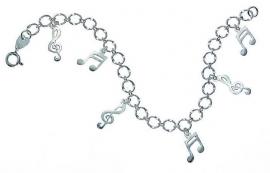 Zilveren armband met vioolsleutels en muzieknootjes