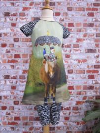 "DIY pakket ""EMMA"" raglanjurk Paard met zebra print"