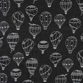 Luchtballonen op zwarte achtergrond