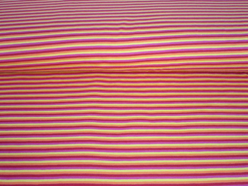 Tricot met streep rood/ oranje/ roze