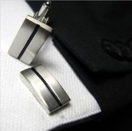 Manchetknopen met ingelegde zwarte streep