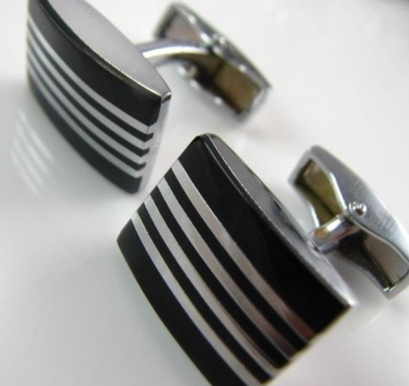 Manchetknopen zwarte streep