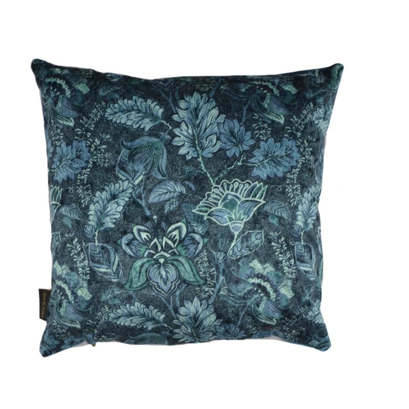 Velvet kussen etnic flower blauw 50x 50
