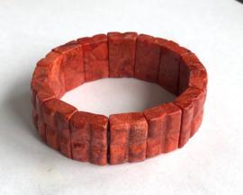Imitatiekoraal armband