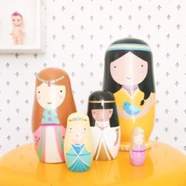 Sketch Inc nesting dolls -babushka's- matroeska's prinsessen Petit Monkey