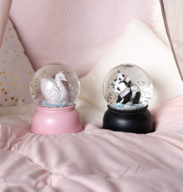 Limited Edition Snow Globe Zwaan A Little Lovely Company