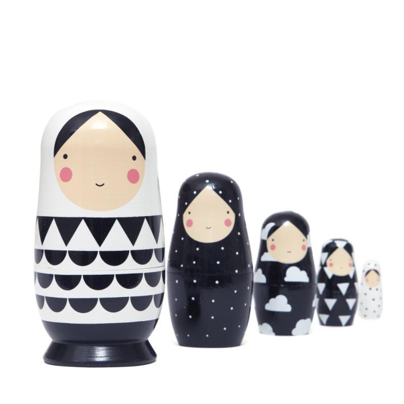 Sketch Inc nesting dolls -babushka's- matroeska's zwart wit Petit Monkey