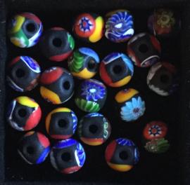 Millefiori glaskralen, rond, multicolor, mat, per set van 5 stuks