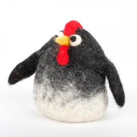 Eierwarmer; Zwart-witte kip, handgemaakt, 3D vilt.