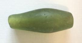 Grote cilindervormige glaskraal, groen.