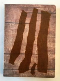 Handgemaakt boek, omslag: collage o.a. roze en bruin zijdevloe papier