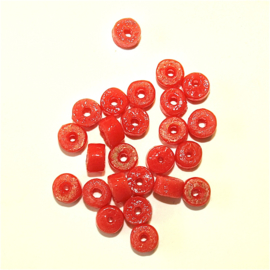 Cilindervormige kleur: perzik, 0,6 mm. Per set van 10.