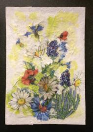 Boek, handgeschept papier, Zomerbloemen, 12 x 17,5 x 1,5 cm.