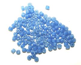 Cilindervormige glaskralen, lilablauw