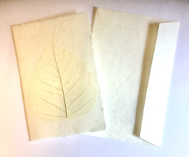 Kaart dubbel, handgeschept papier, envelop