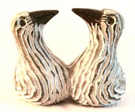 Twee vogels, hoogte 14 cm. Serpentijn