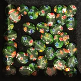 Millefiori glaskraaltjes, ovaal, plat, groen, per 10 stuks
