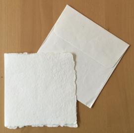 Grote dubbele kaart 15x15 en envelop 16x16  van katoenpapier, vierkant