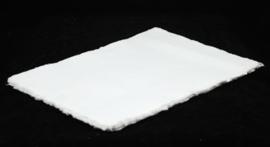 Katoenpapier met scheprand, ecru, A6 = 14,7 x 10,5 cm.