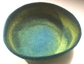 Schaal van wolvilt, groen/turquoise, handgemaakt