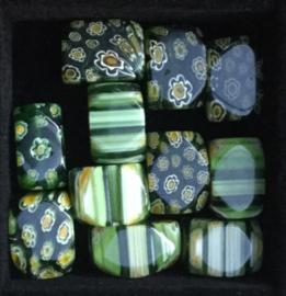 Glaskralen, millefiori, groen, gestreept/bloemen, 3 stuks