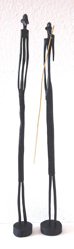Set van twee Masai-krijgers, hout, 40 en 42 cm.
