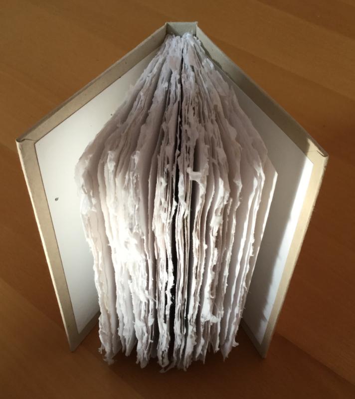 boek, kartonnen omslag, papier met scheprand