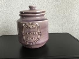 Mooie aardewerk pot met deksel
