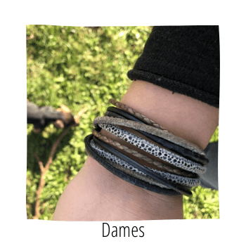 leren (wikkel)armbande vind je bij handmade by sjiek