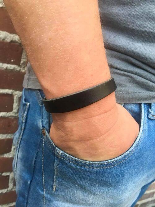 vaderdag cadeautje, een stoere heren armband vind je bij handmade by sjiek