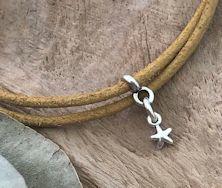 armbandjes voor het sterrenboekje, gemaakt door handmade by sjiek