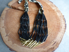 Afrikaanse ketting, Black Gold open