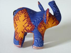 Oranje olifant, Stoffen decoratiedier