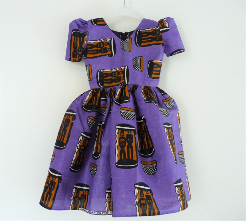 Afrikaanse kinderjurk, Little purple