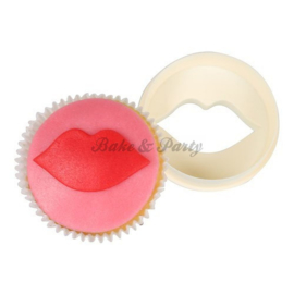 FMM  - Double Sided Cupcake Cutter Lips/Circle