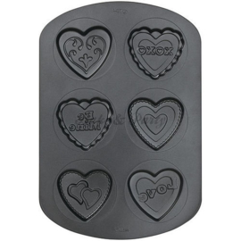 Wilton - 6 Cavity Heart Non-Stick Cookie Pan