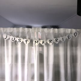 "Slinger ""Just Married"" (2)"