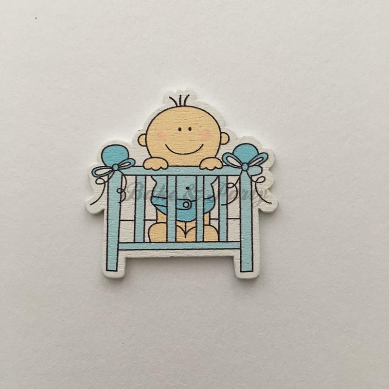 "Houten Decoratie Buttons ""Baby Boy in Wieg"""