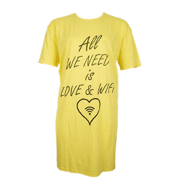 Fun2wear Dames Bigshirt Geel Love & Wifi