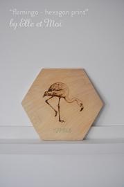 Hexagon Flamingo - print op hout | handgemaakt