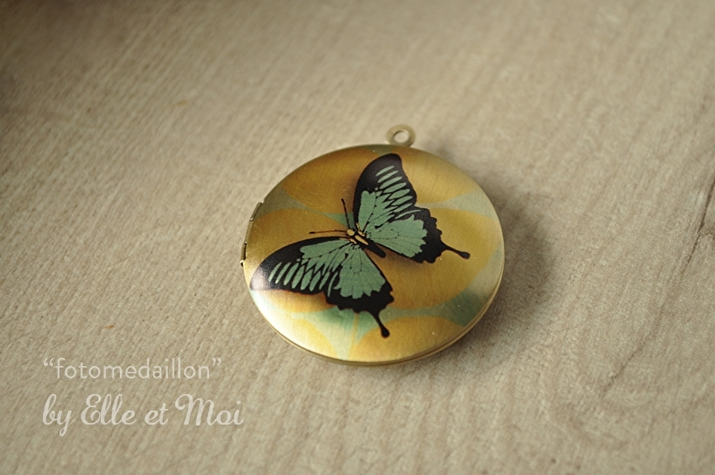 grote fotomedaillon 'blue butterfly' (32 mm)