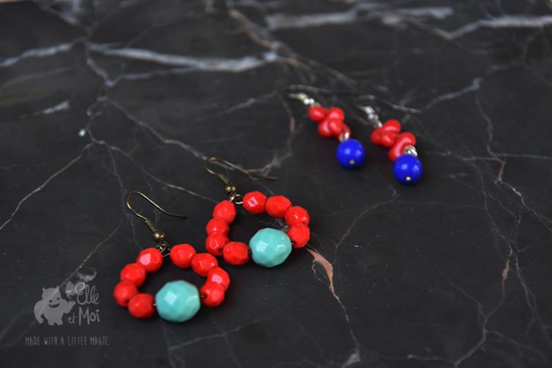 oorhangers red-blue