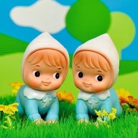 Wenskaart retro popjes jongens tweeling