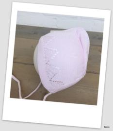 Frilo Swiss Made - Mutsje - Roze met werkje - Newborn 0-3 maanden